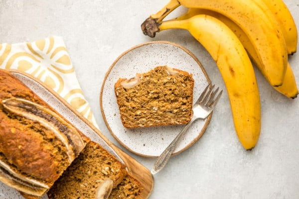 Fluffy Vegan Banana Bread (Gluten-Free, 9 Ingredients!) #vegetarian #healthy #breakfast #recipe