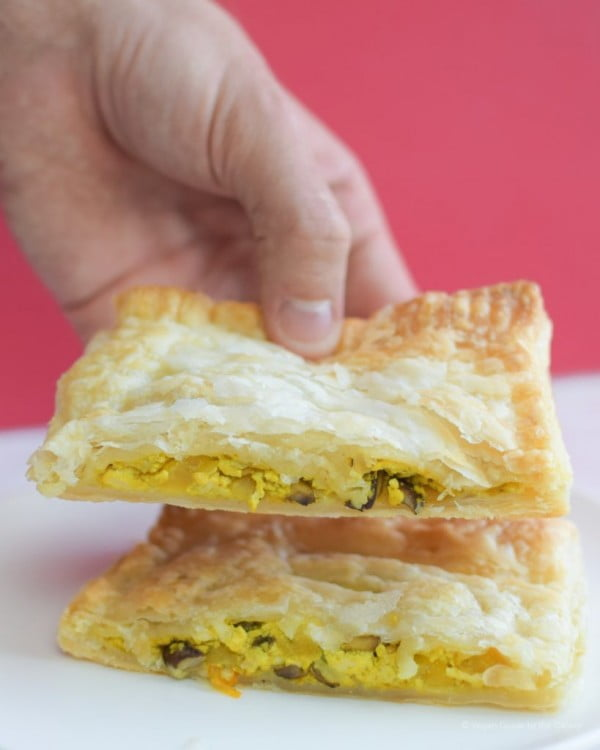 Tofu Scramble Breakfast Pockets #vegetarian #healthy #breakfast #recipe