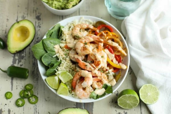 One-Pan Shrimp Fajita Bowls #weightwatchers #recipe #dinner #healthy